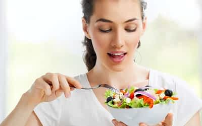 Fight Cravings and Control Portions with Eat Healthy Hypnosis